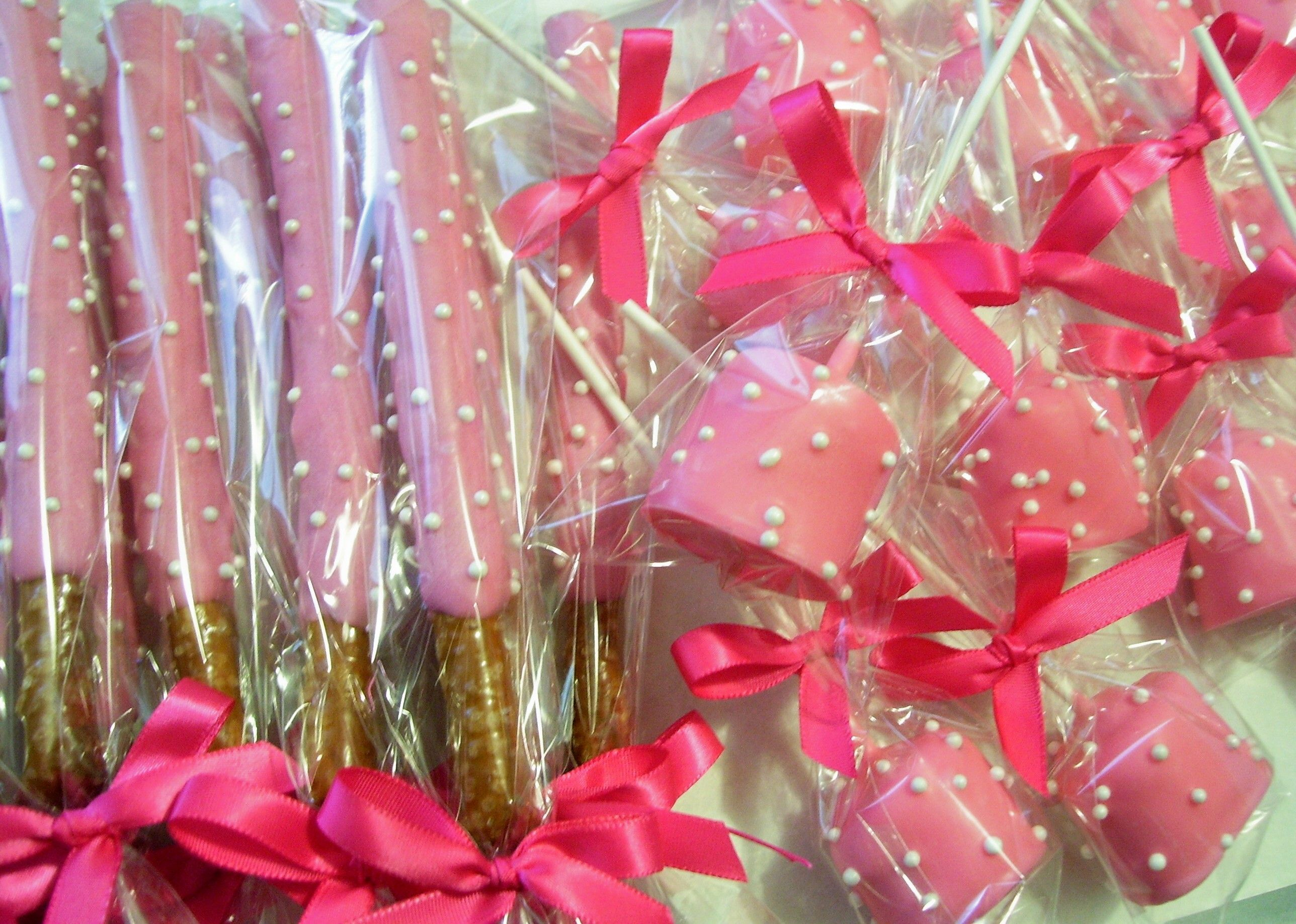 Minnie Themed Chocolate covered Pretzel Rods and Marshmallow Pops ...