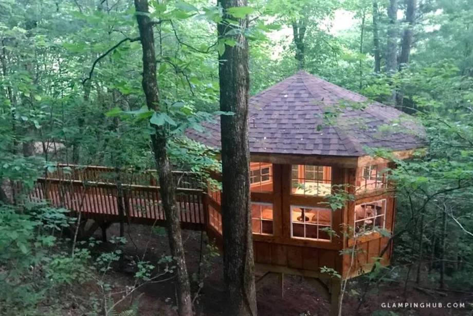 10 amazing treehouses for rent near Atlanta right now