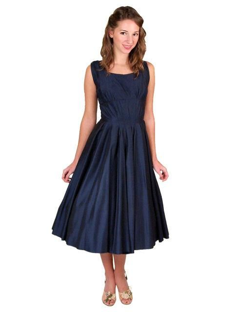 a8c6afa4f Geoffrey Beene Red Linen Dress With Pockets Size 4 | DOUBLETAKE Vintage  Luxury. | Linen dresses, Dresses, Fashion