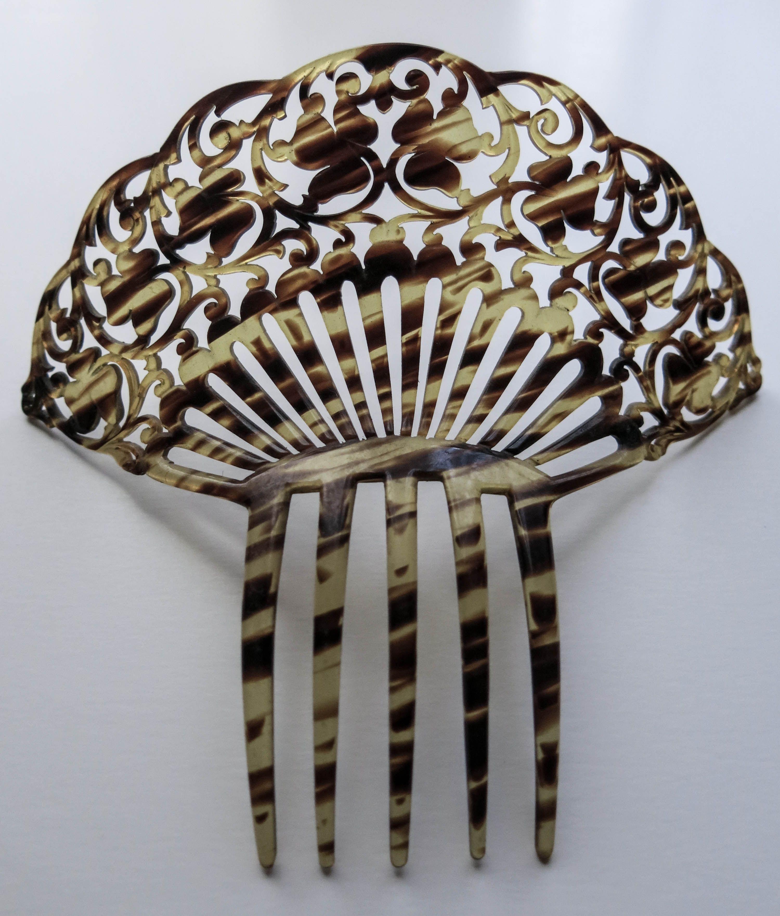 Antigua peina de celuloide tallado. #Feria #Flamenca | Cabello ...