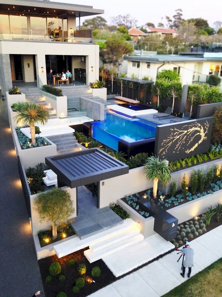 60 Beautiful Low Maintenance Front Yard Landscaping Ideas Landscapingfrontyard Landscapingtips Pool House Designs Dream House Exterior House Designs Exterior