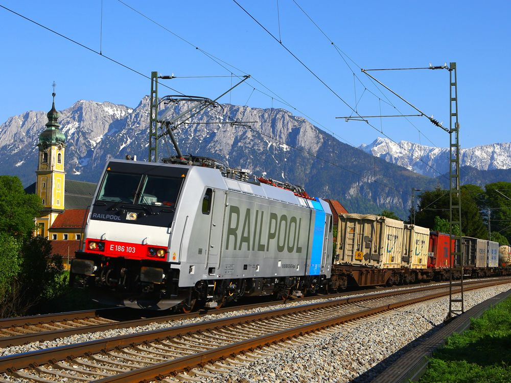 Railway supply industry news round-up http://www.railwaygazette.com/news/business/single-view/view/railway-supply-industry-news-round-up-34.html?utm_campaign=crowdfire&utm_content=crowdfire&utm_medium=social&utm_source=pinterest