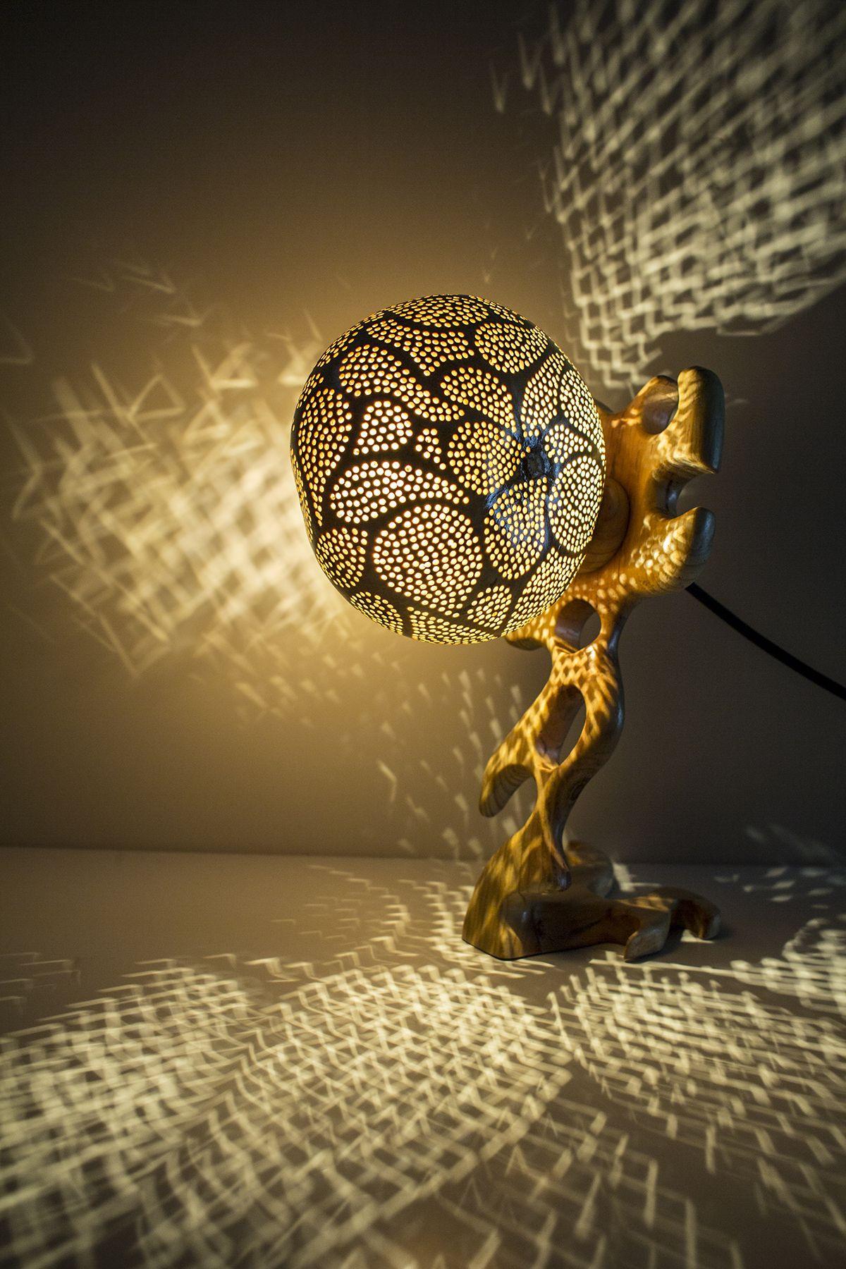Une calebasse lumineuse pour une ambiance unique ! Lampe de