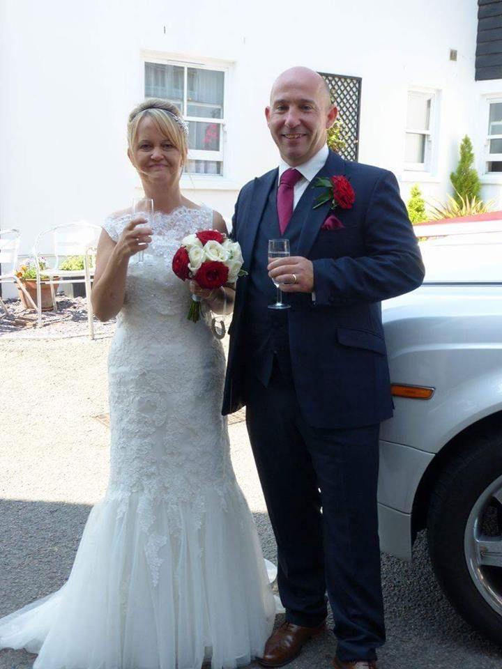 Navy blue slim fit wedding suit | Grooms Wedding Suits | Pinterest ...