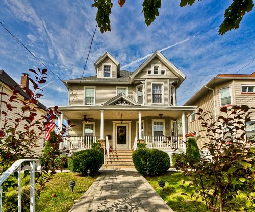 Rutherford Nj Home For Sale Beautiful Victorian Colonial W Four Beds Victorian Homes Colonial House Styles