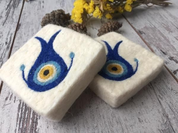 Set of 2 Blue Eye/Lucky Eye Felt Soap, Needle Felted Bar Soap, Handmade Felted Wool Soap Scrub, Natural Exfoliate Soap, Beauty Gifts #homemadefacelotion