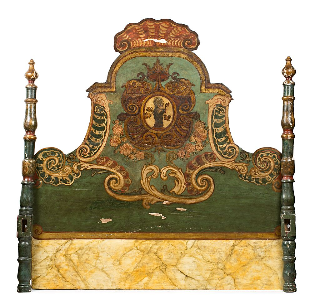 Cabezal de cama catal n de olot en madera tallada - Cabezal de madera ...