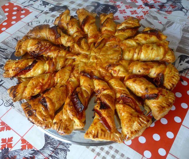Tarte soleil poivron chorizo. Délicieux et beau à l'apéro : la tarte soleil en version salée, avec du chorizo et son ami de toujours, le poivron. . La recette par Luly cooker.