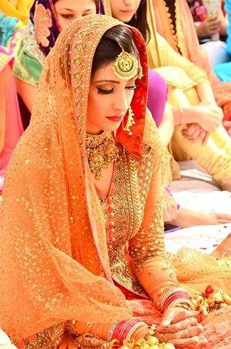 Poses Every Muslim Bride Must Have in Her Wedding Album