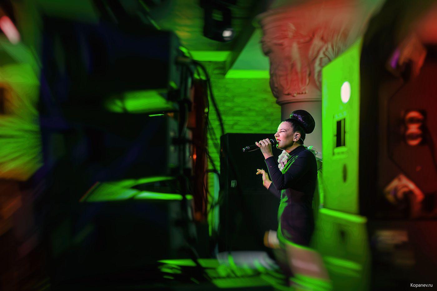 Фотограф в клуб москва скрытой камера в ночном клубе