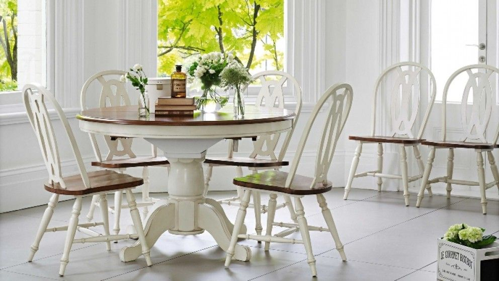 Hampshire 7 Piece Extension Dining Setting