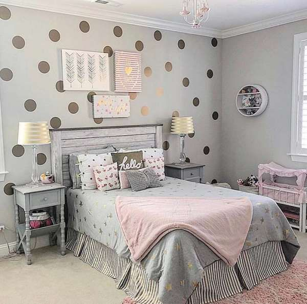 17+ Cheap Ways To Decorate a Teenage Girl's Bedroom #teenagegirlbedrooms