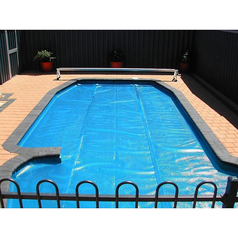 Pool Central 12 X 24 Oblong Floating Solar Blanket Swimming Pool