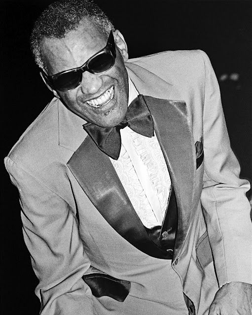 Ray Charles (Midnight Special? 1979?).
