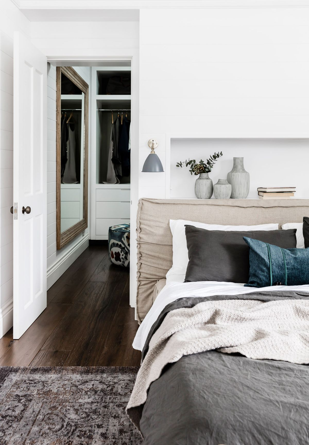 love the slouchy headboard and cozy layers