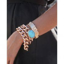 Chunky chain bracelet. Love the chunky chain look!