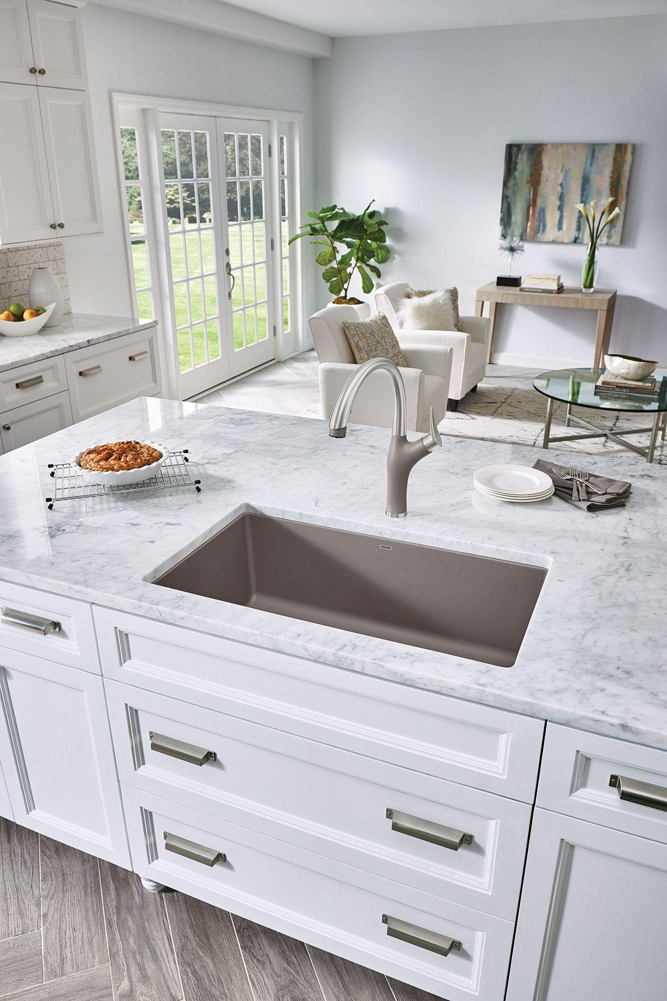White kitchen, all white, clean kitchen, white kitchen ideas ...