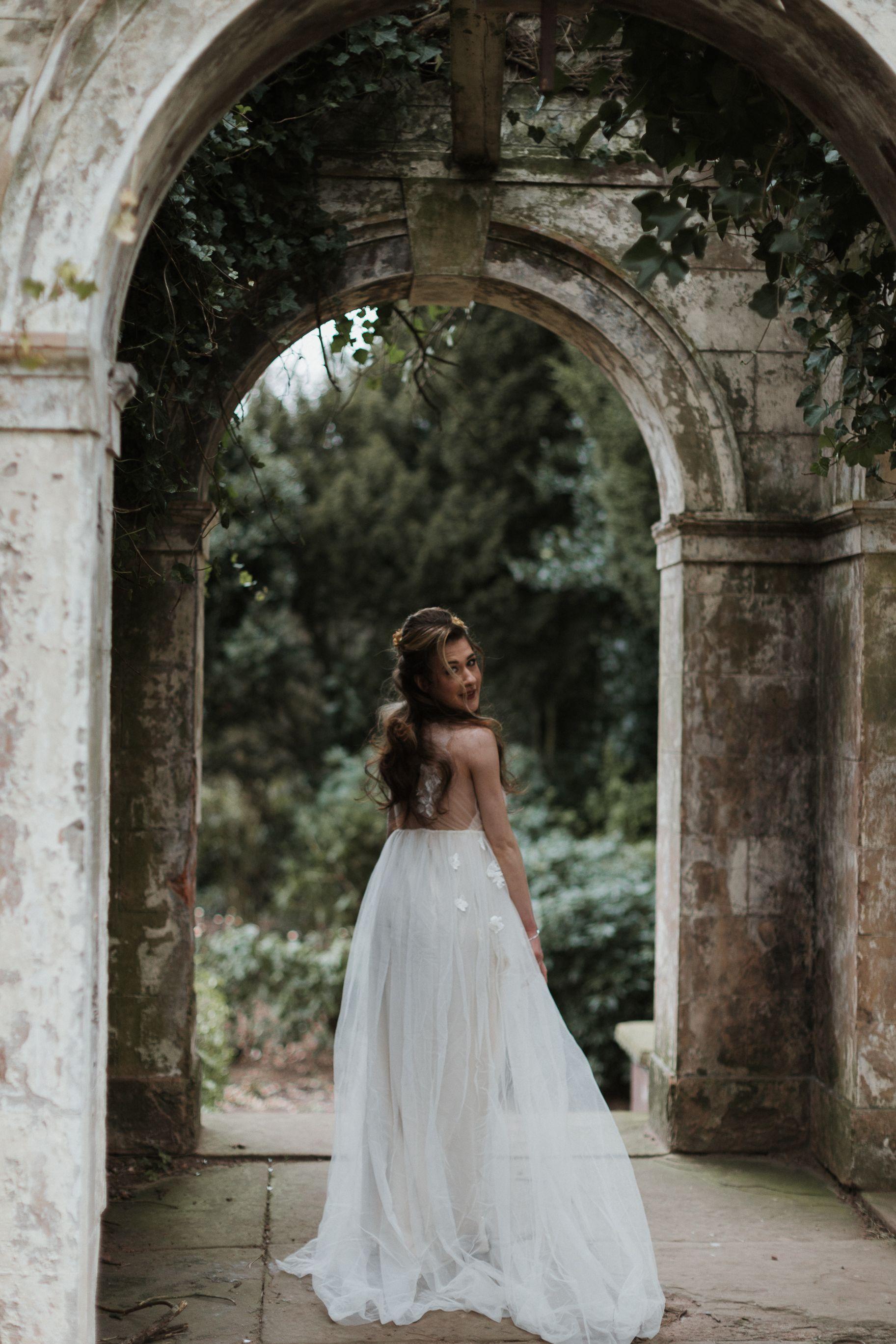 vintage modern romantic styled wedding shoot in liverpool