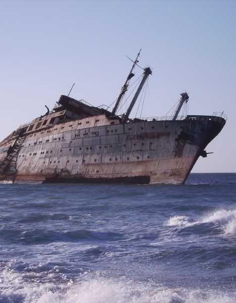 The Unloved Boats: 8 Abandoned Cruise Ships   Shipwrecks