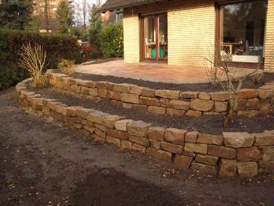 Trockenmauer zum Abfangen der Terrasse   Gartenplanung   Pinterest ...