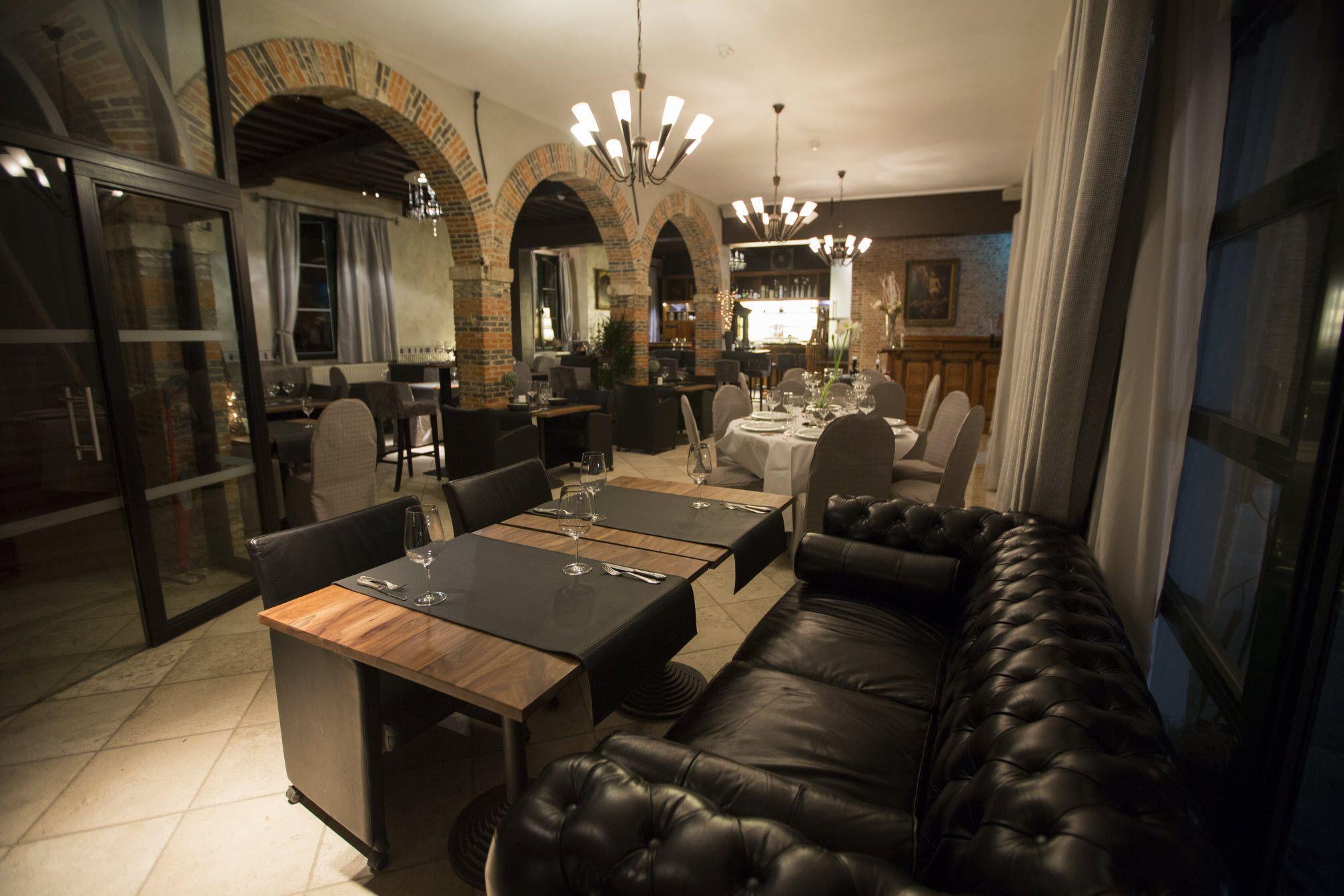 Burchthoeve ´t withof restaurant withof restaurants