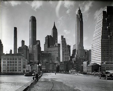 Manhattan Skyline: I.    1936.  Berenice Abbott