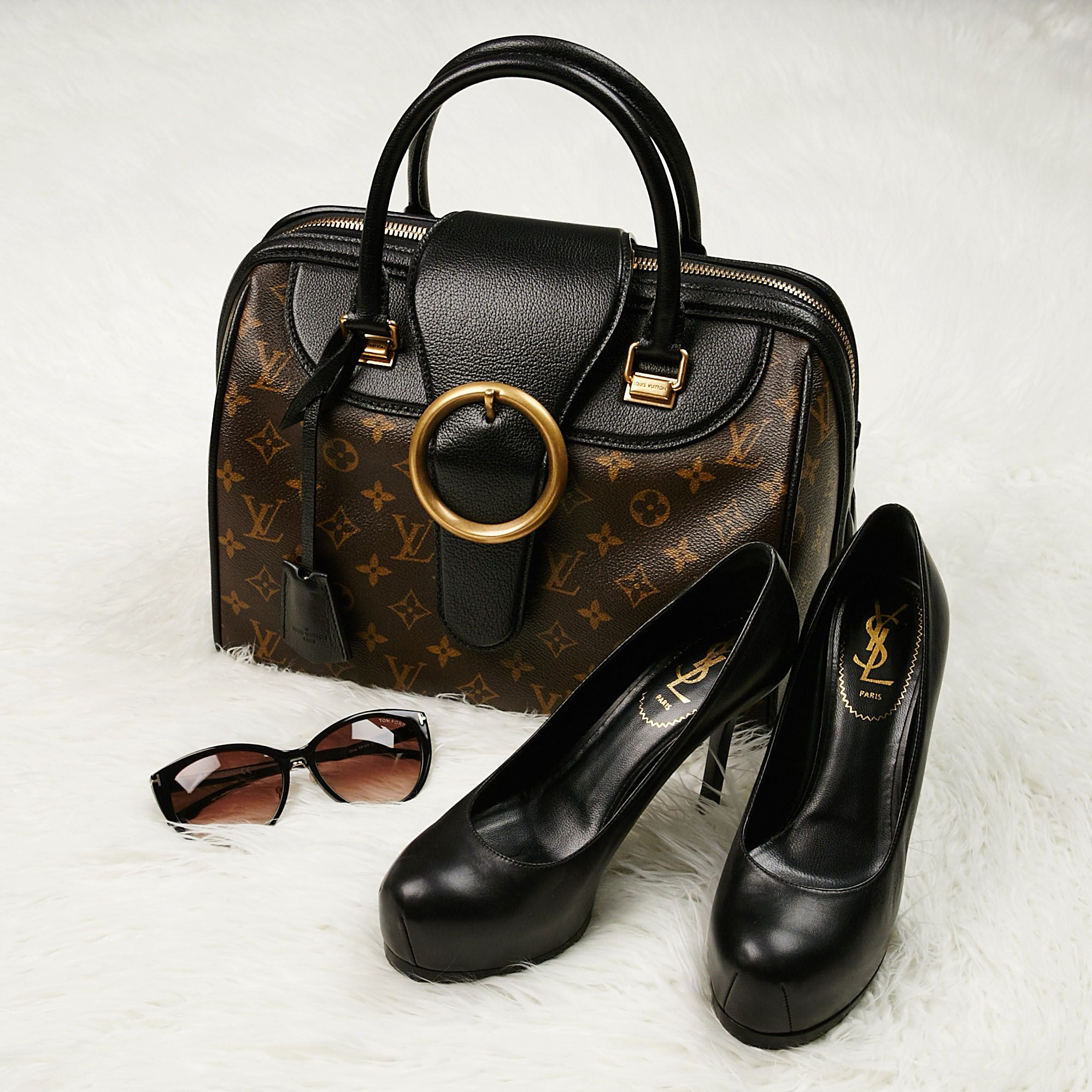 a946d4a58ce1 Who says looking professional has to be boring! - Yoogi s Closet ...