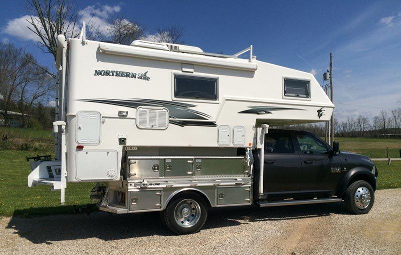 Happy Trails Horse Trailer And Truck Camper Truck Camper Camper