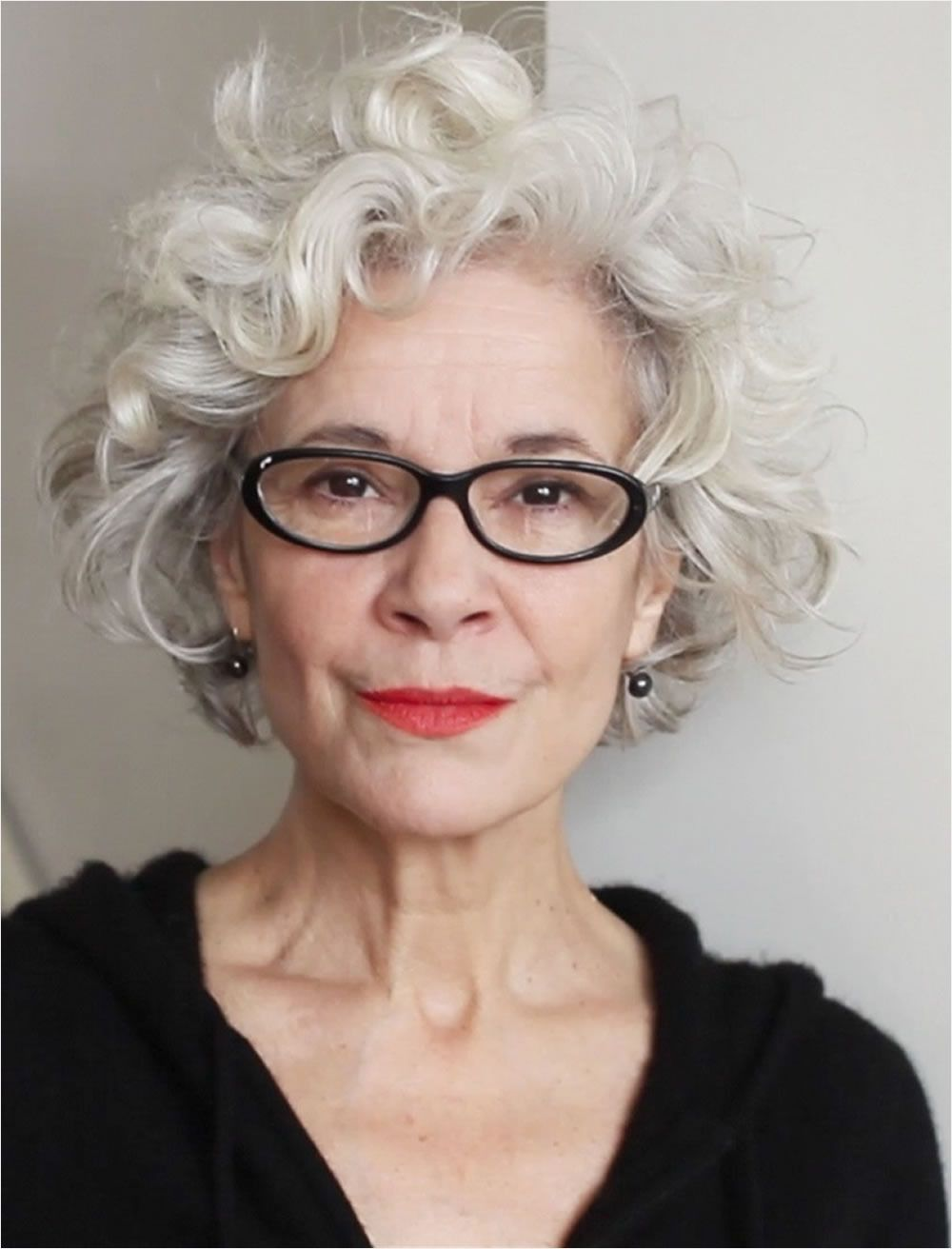 Curly Short Hairstyles For Older Women Over 50 Grey Curly Hair Hair Styles Curly Hair Styles Naturally