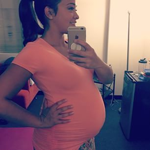 Gina Rodriguez Used Her Fake Pregnant Belly To Skip The ...