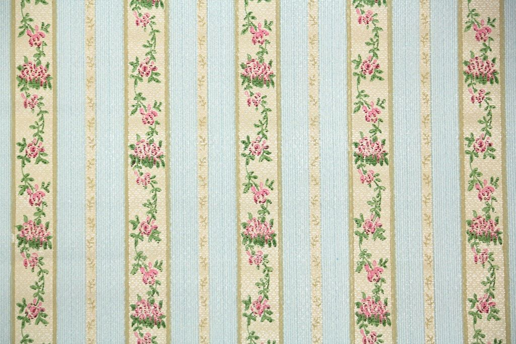 S Vintage Wallpaper Antique Floral Stripe With French Ribbon Deisng Of Pink Flowers On Tan And Blue