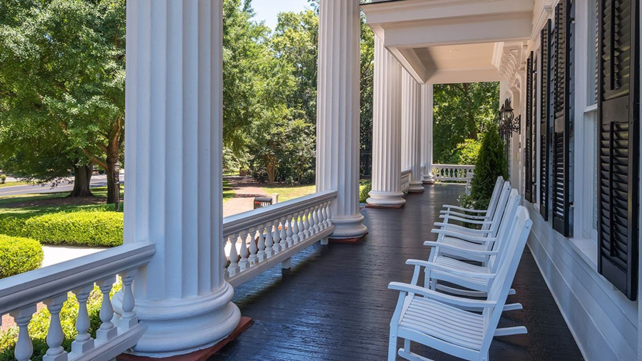 Buy Twelve Oaks from Gone with the Wind in Covington