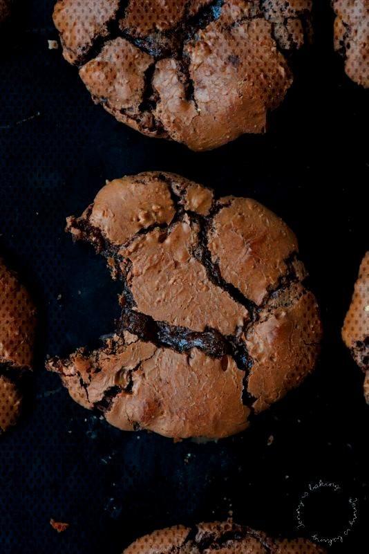 Schoko-Brownie-Cookies mit Suchtgefahr. Dieses Cookies sind perfekt fr alle Schokoliebhaber und sch
