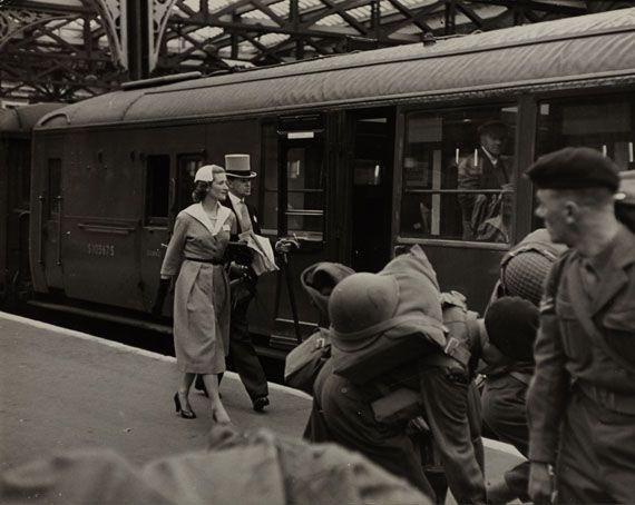 Photo By Henri Cartier Bresson Train Going To Ascot Waterloo Station 1953 London Henri Cartier Bresson Magnum Photos Photo