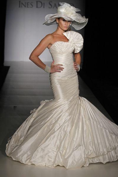 Ines de Santo wedding gown