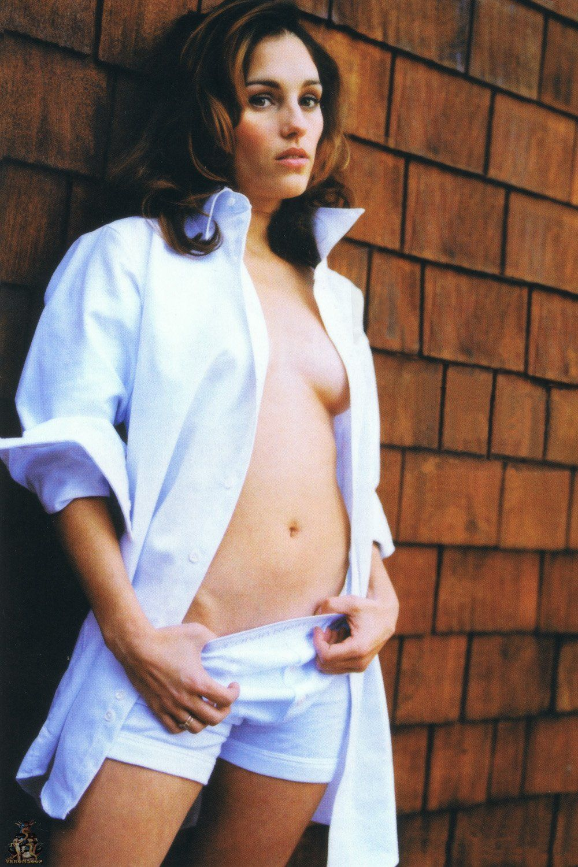 Amy jo johnson sexy