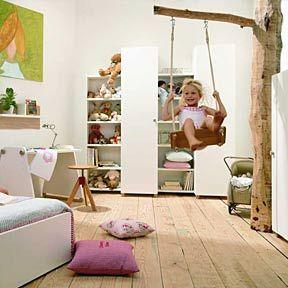 die besten 25 kinderzimmer schaukel ideen auf pinterest wei e bettw sche dekor spielzimmer. Black Bedroom Furniture Sets. Home Design Ideas