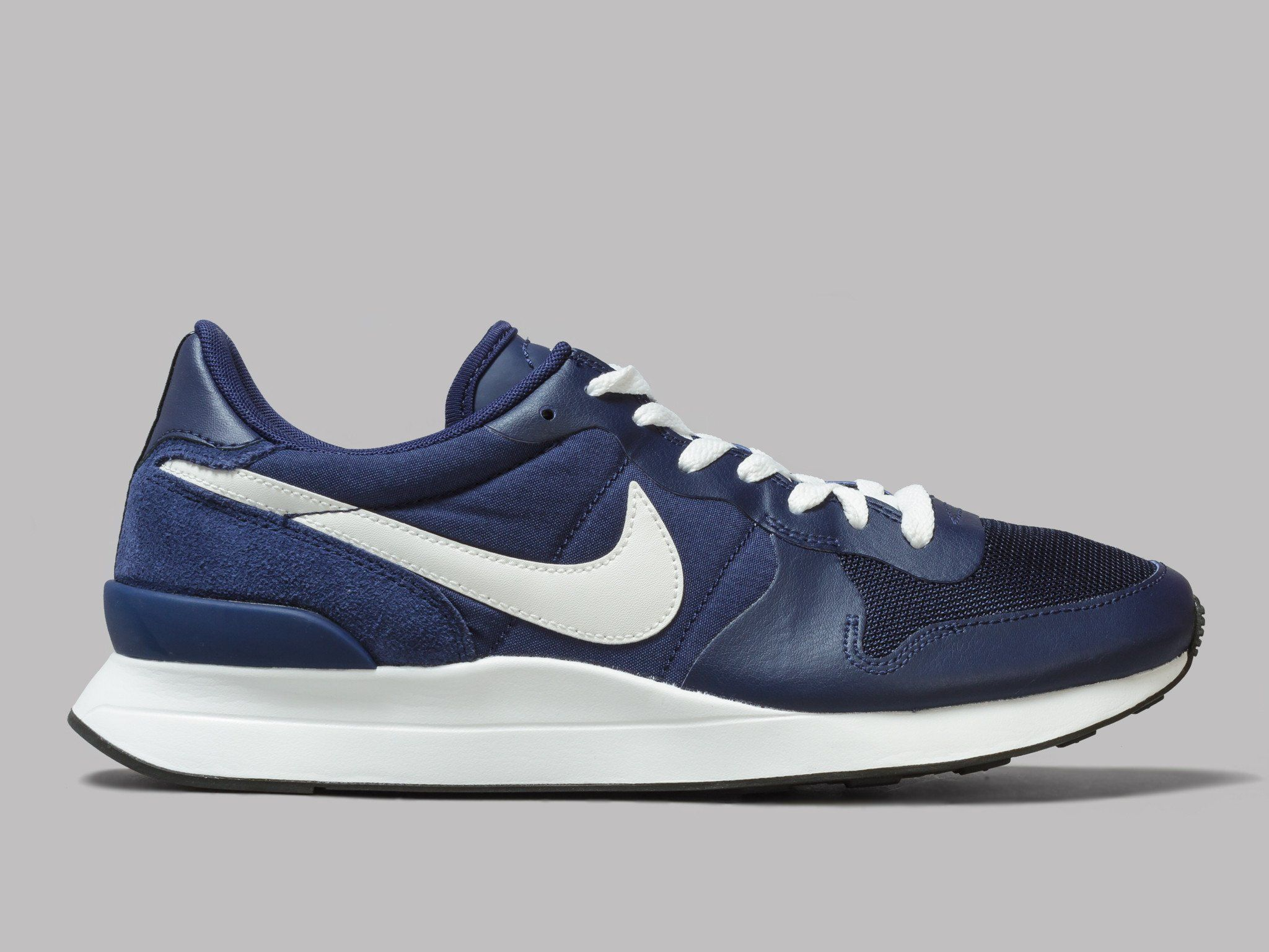 d2f0ebc6e60 Nike Internationalist Lt17 (Binary Blue / Summit White / Pure Platinum)