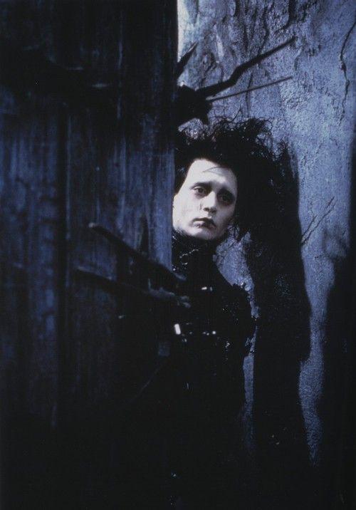 Por siempre Edward Scissorhands, el amor tajante.