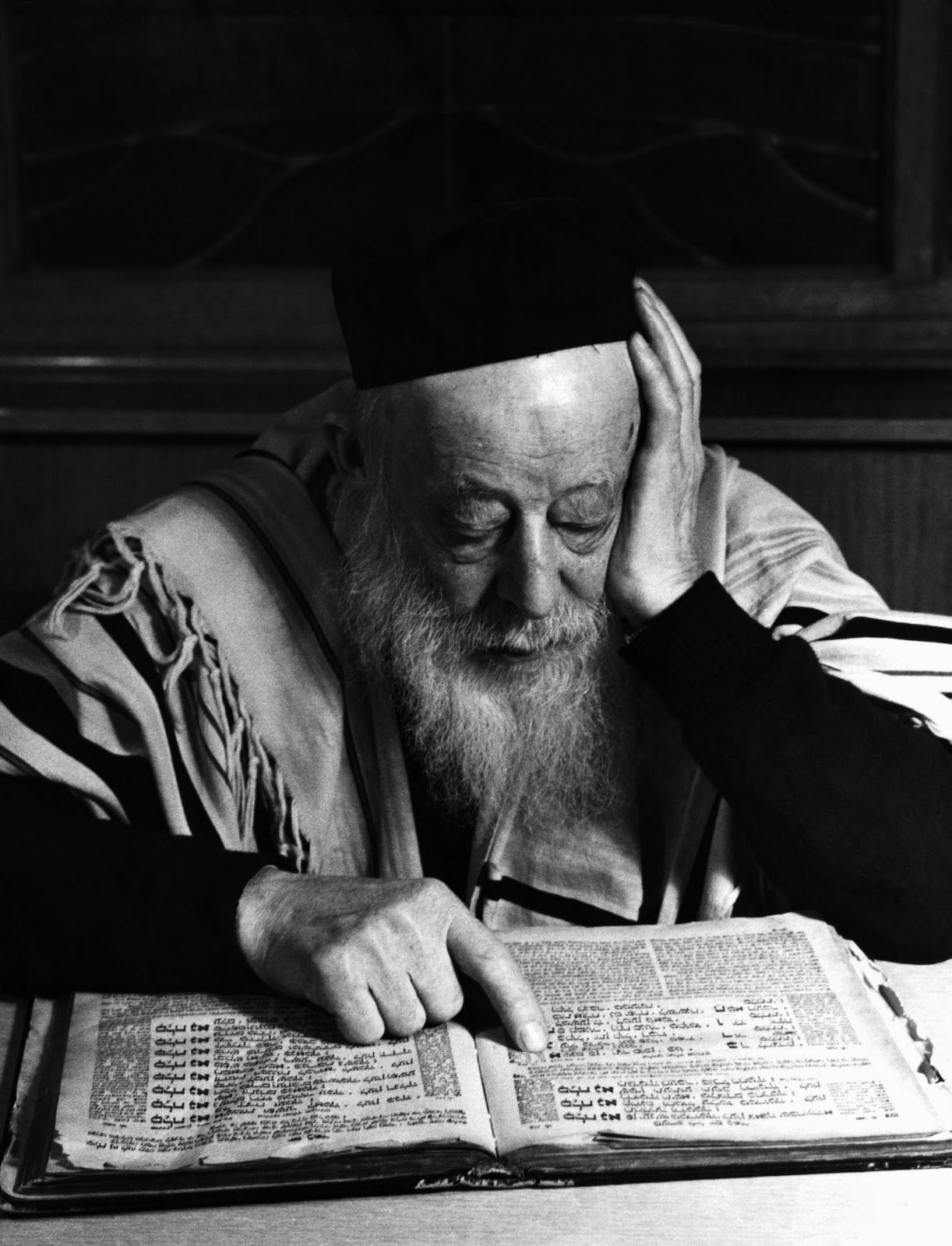 Rabbi reading the Talmud... The scariest thing Ted, Dave & co. knows... :-D