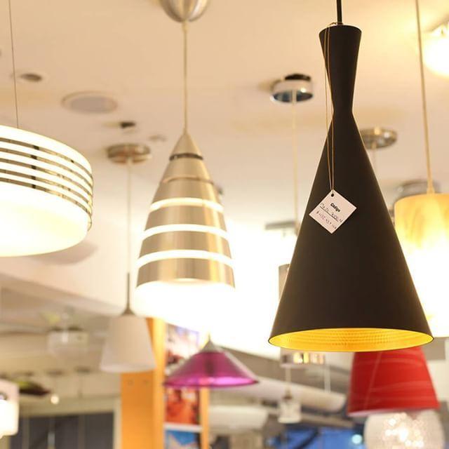¿Aún no has decidido cómo vas a iluminar tus espacios? En LUMÍNICA contamos con asesoría gratuita en la tienda. ¡Te esperamos! ☺ #Iluminación #Lighting #Lamp #Interior #Interiors #Interiores #Home #Deco #Decoración #Decoration #Lamps #HangingLights #Light #Mérida #Store