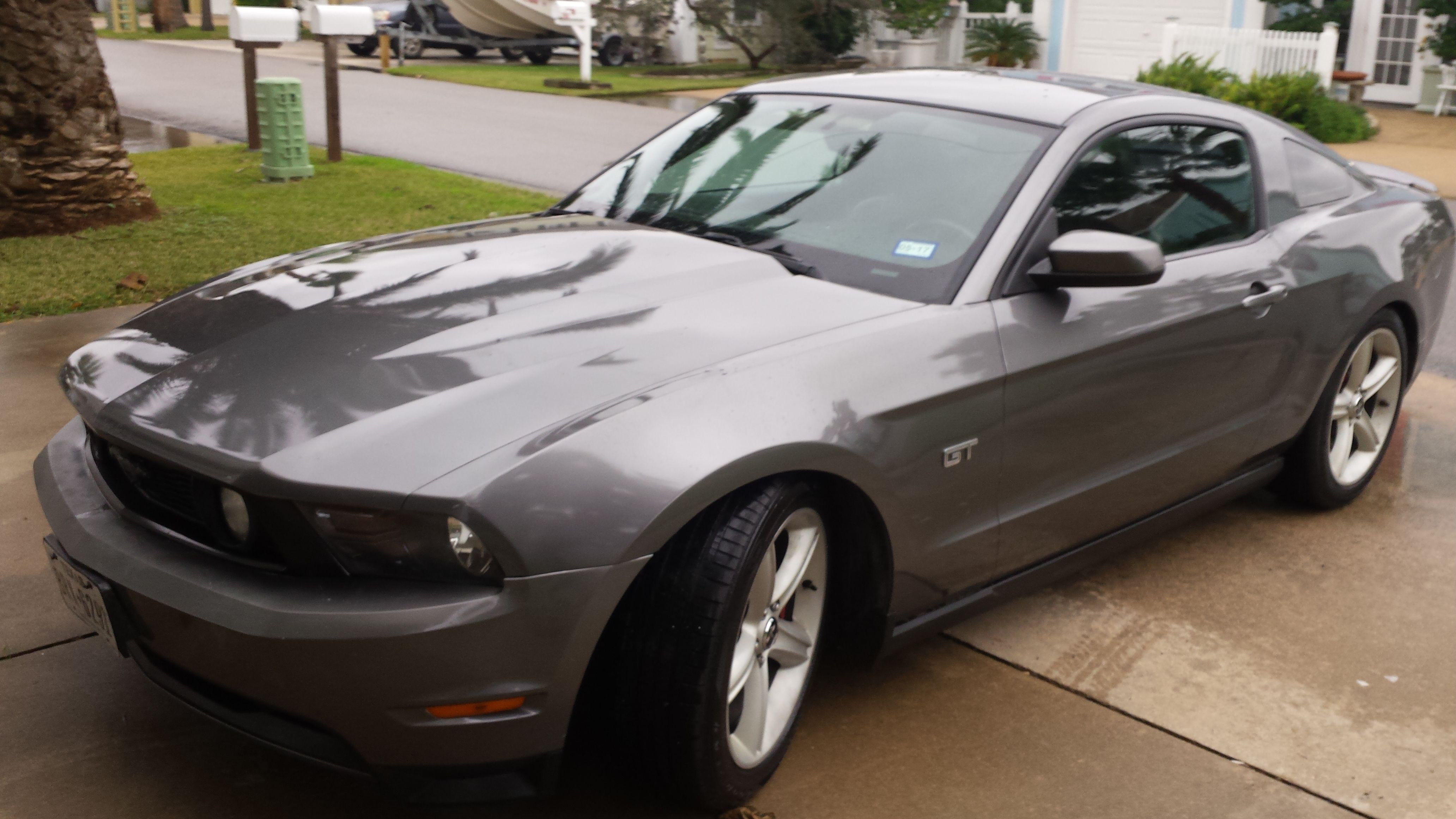 2010 ford mustang gt premium with ford racing lowering spring http mustangtraderonline