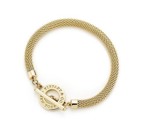 747572d88 Item | Tiffany Somerset™ toggle bracelet in 18k gold, medium. | United  States