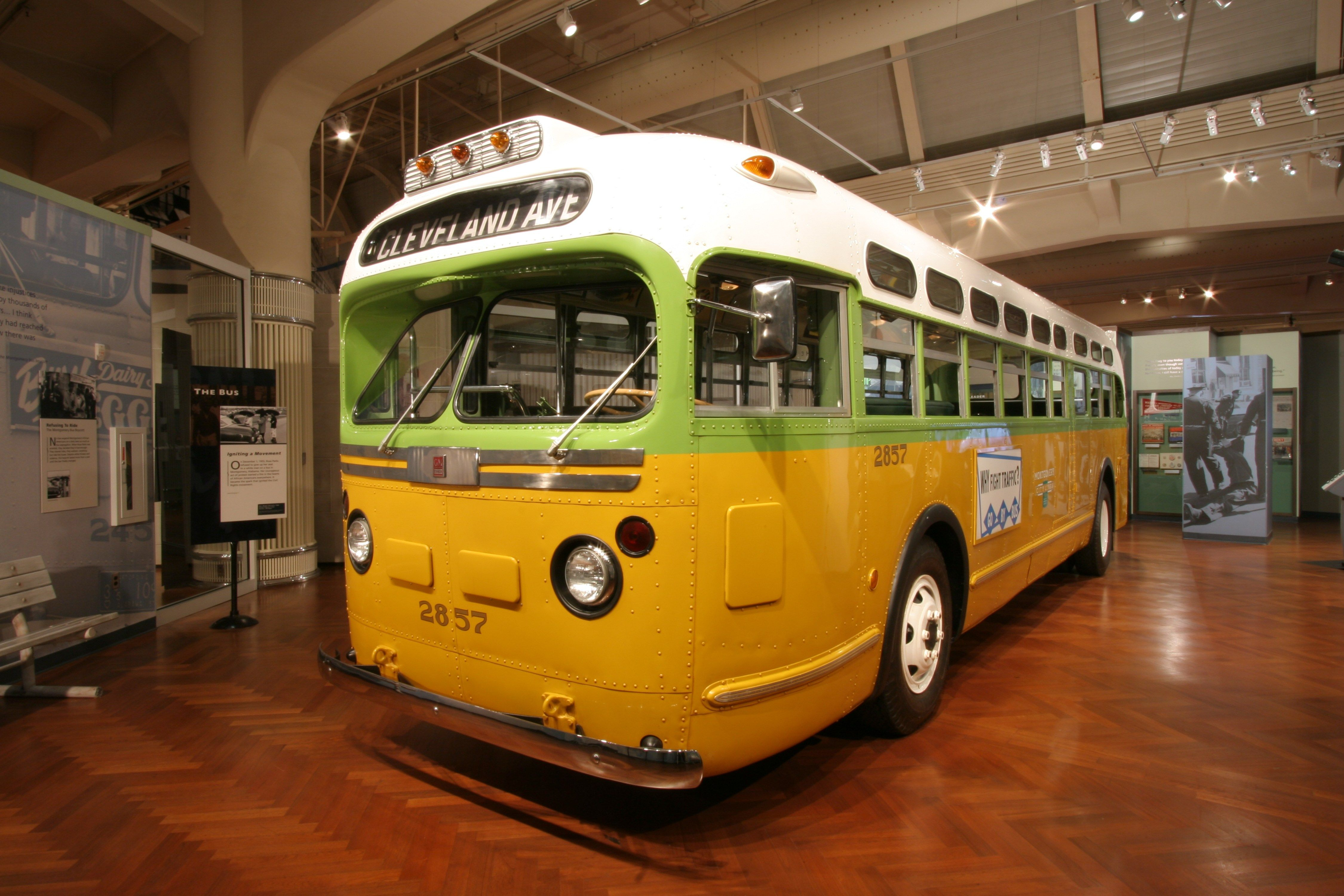 Rosa Parks Bus Driver Side View The Henry Ford Museum Dearborn