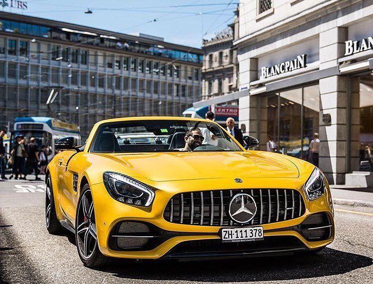 Yellow Roadster Super sport cars, Super cars, Mercedes benz