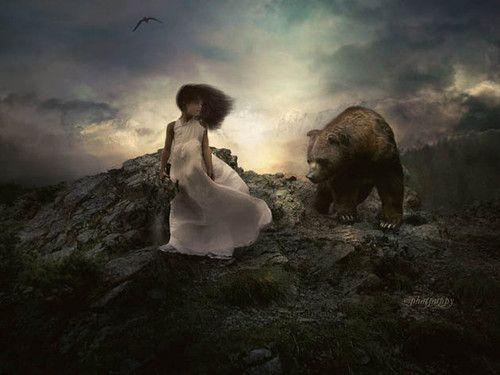 Картинки медведь обнимает девушку