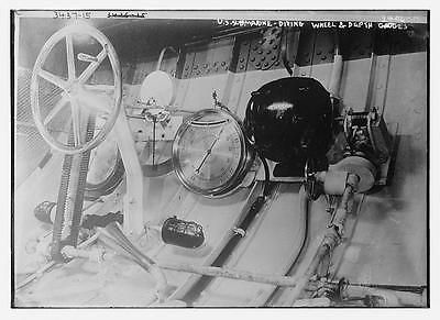U.s. sub #diving #wheel,depth #charges,submarine,vessel,wheel,gauge,bain news,  View more on the LINK: http://www.zeppy.io/product/gb/2/291683786964/
