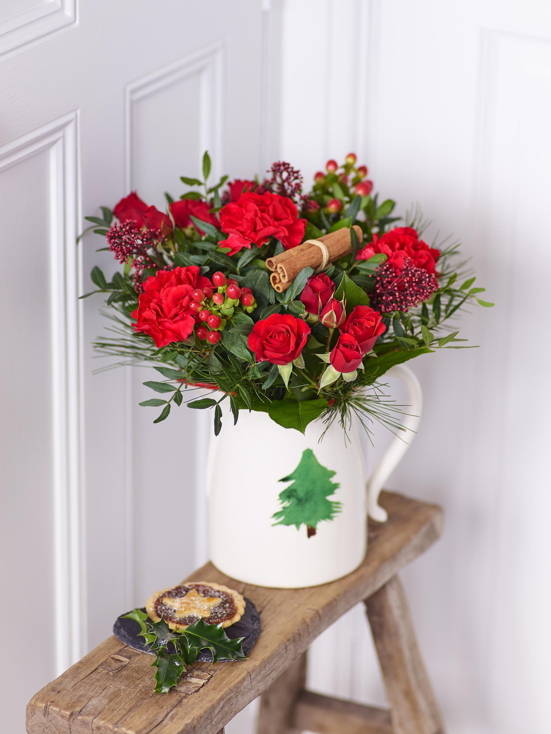 Pin by Interflora on Christmas at Home (With images