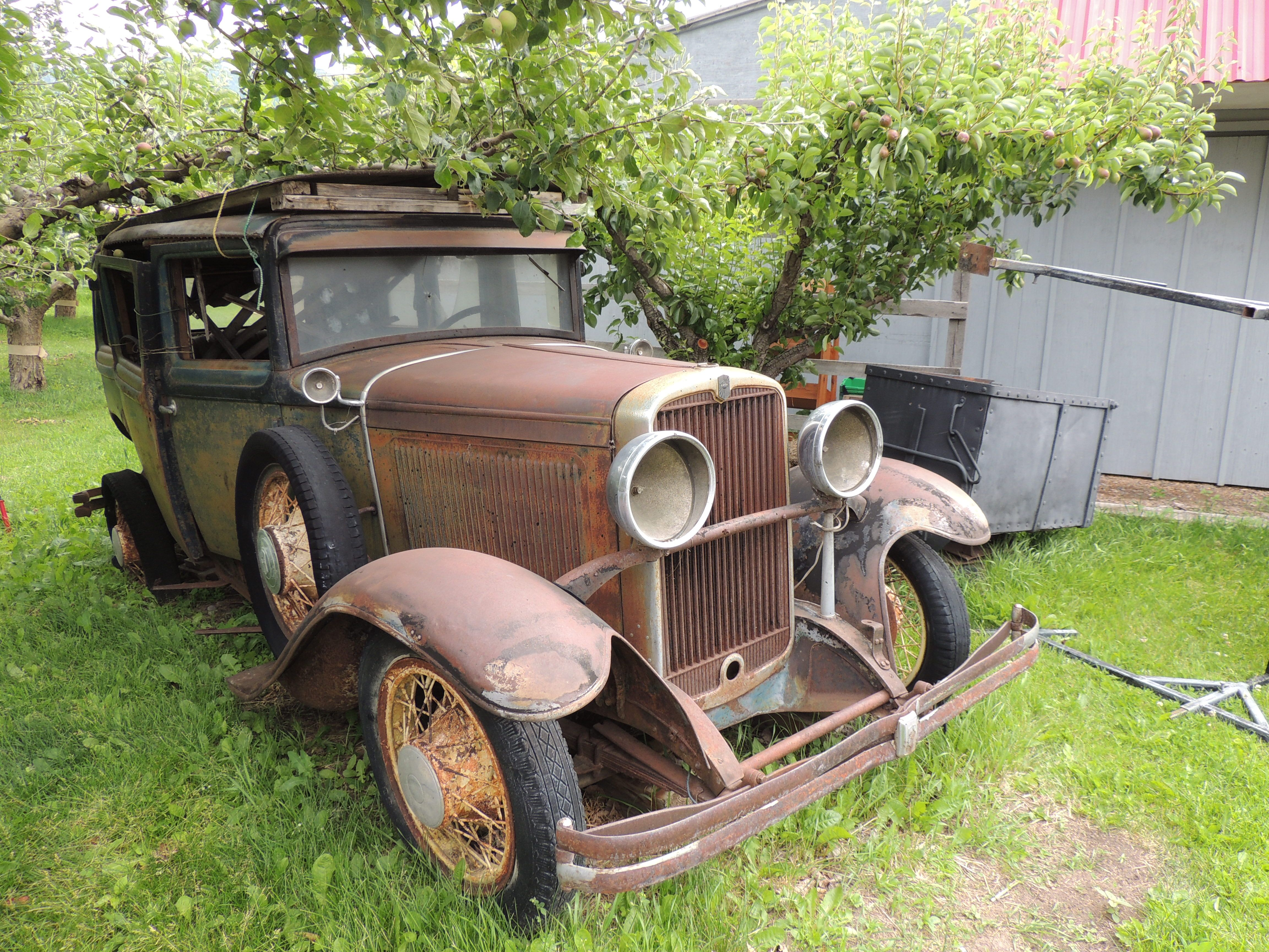 Pin by Clare Grochocki on Old things | Antique cars, Old