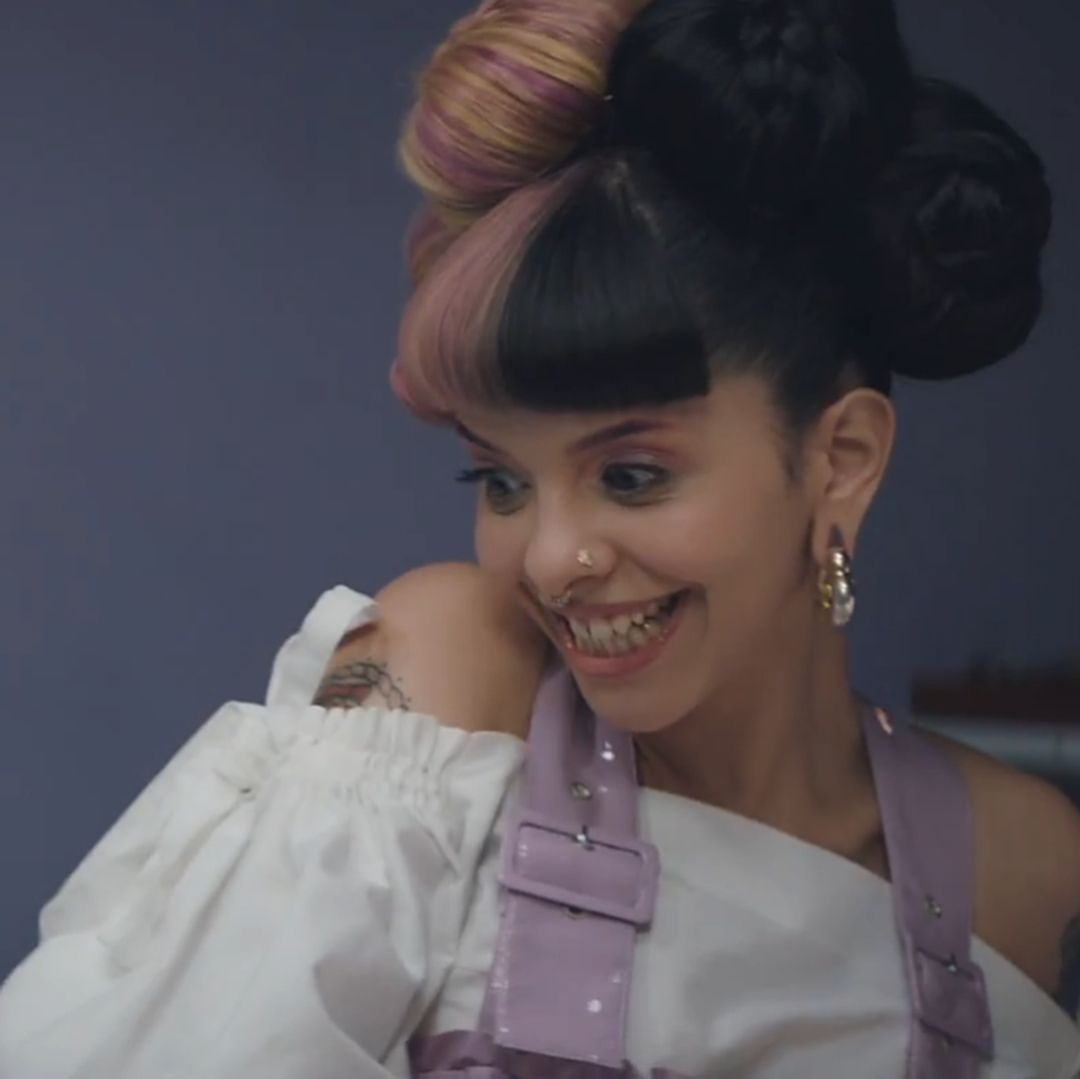 Mad Hatter Definitely Snatched Every Other Music Video In The Entire World Madhatter Crybaby Melanie Martinez Mad Hatter Mad Hatter Melanie Melanie Martinez